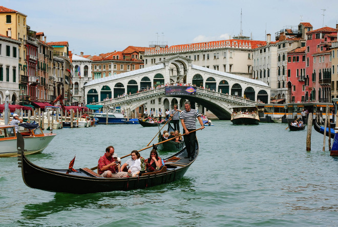Góndola en Venecia, Italia.
