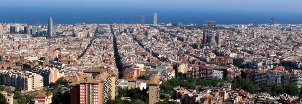 Vistas desde el mirador del Búnker del Carmel en Barcelona