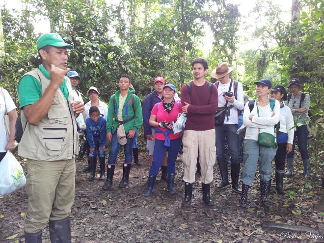 Botas para caminata en la selva amazónica.