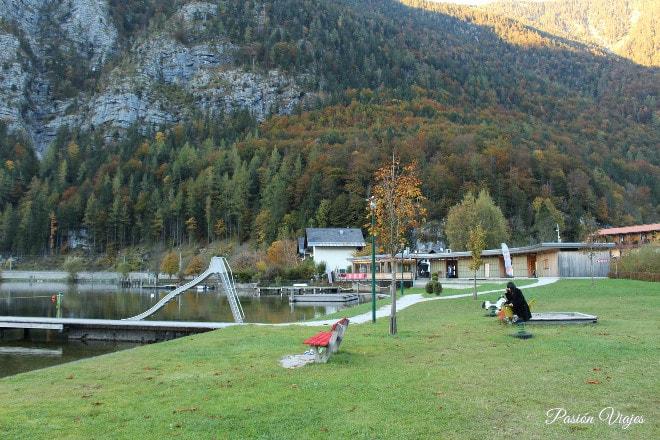 Vistas al lago en Obertraun.