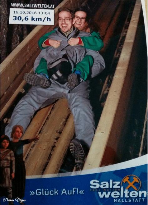 Tobogán en la mina de sal de Hallstat en Austria.