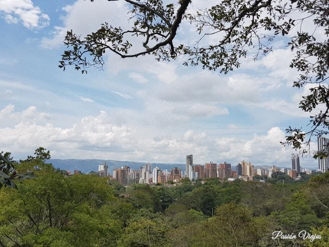 Vistas de Bucaramanga en el camino de subida.