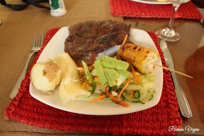 Almuerzo santandereano en la Hacienda El Roble.