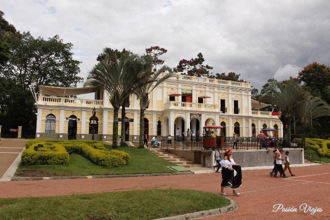 La Estación del Tren en el Parque del Café.