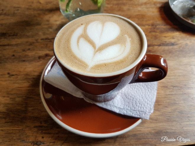 Coffee art (café con decoraciones) en Salento.