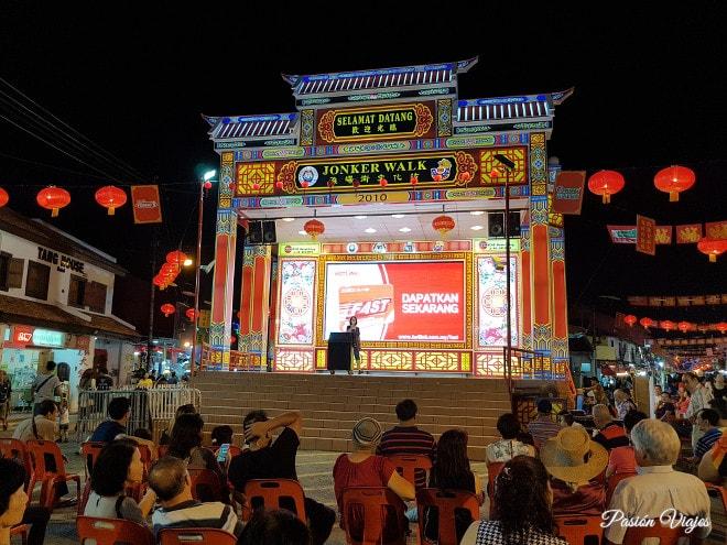 Karaoke en el mercado nocturno de Melaka.