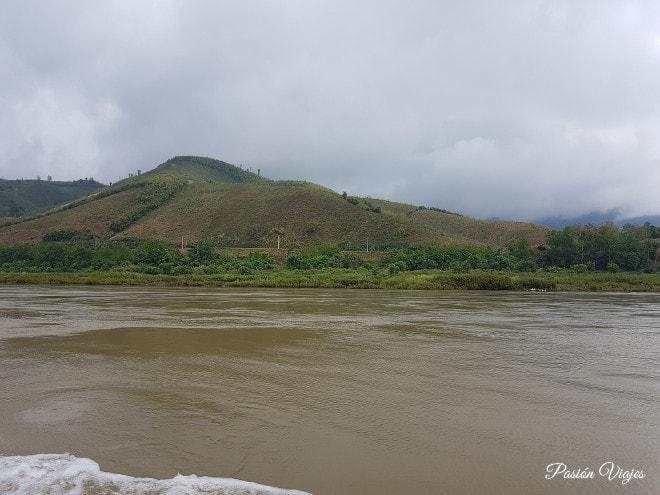 Vistas del río Mekong desde el Slow Boat.