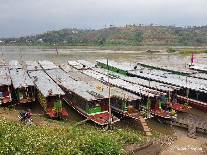 Slow Boats en el Puerto de Huay Xai.