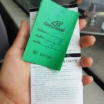 Ticket de las maletas que iban en el porta equipajes del bus.