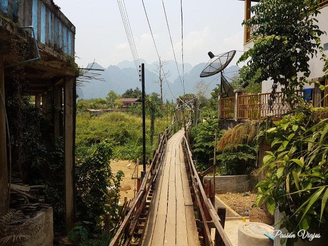 Puentes de madera en Vang Vieng.