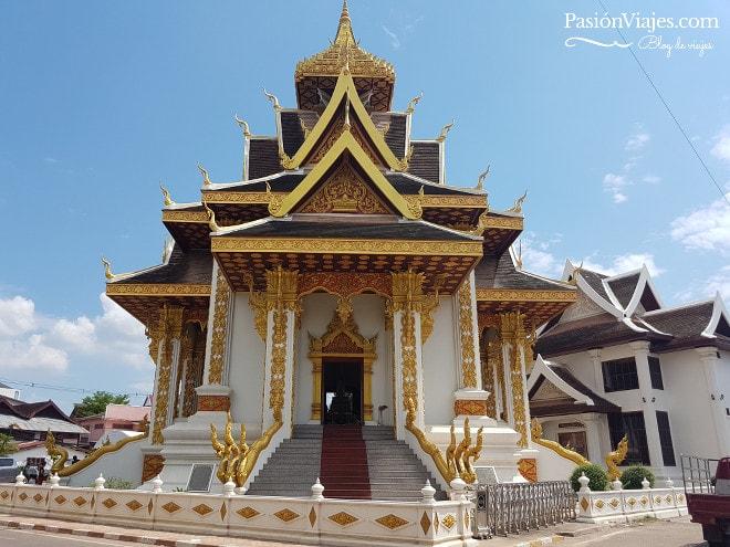 Templo budista en Vientián, Laos.