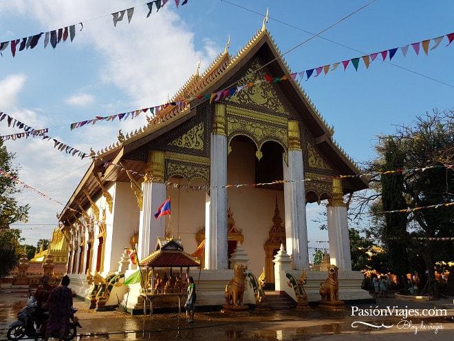 Templo en Pha That Luang, Vientián.