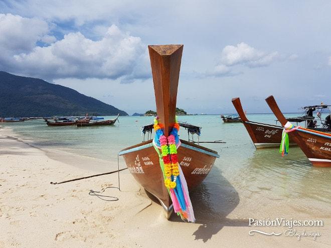 Barcas long tail en Koh Lipe.